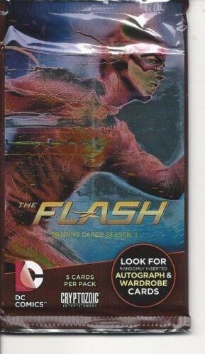 Flash  season 1 trading card pack