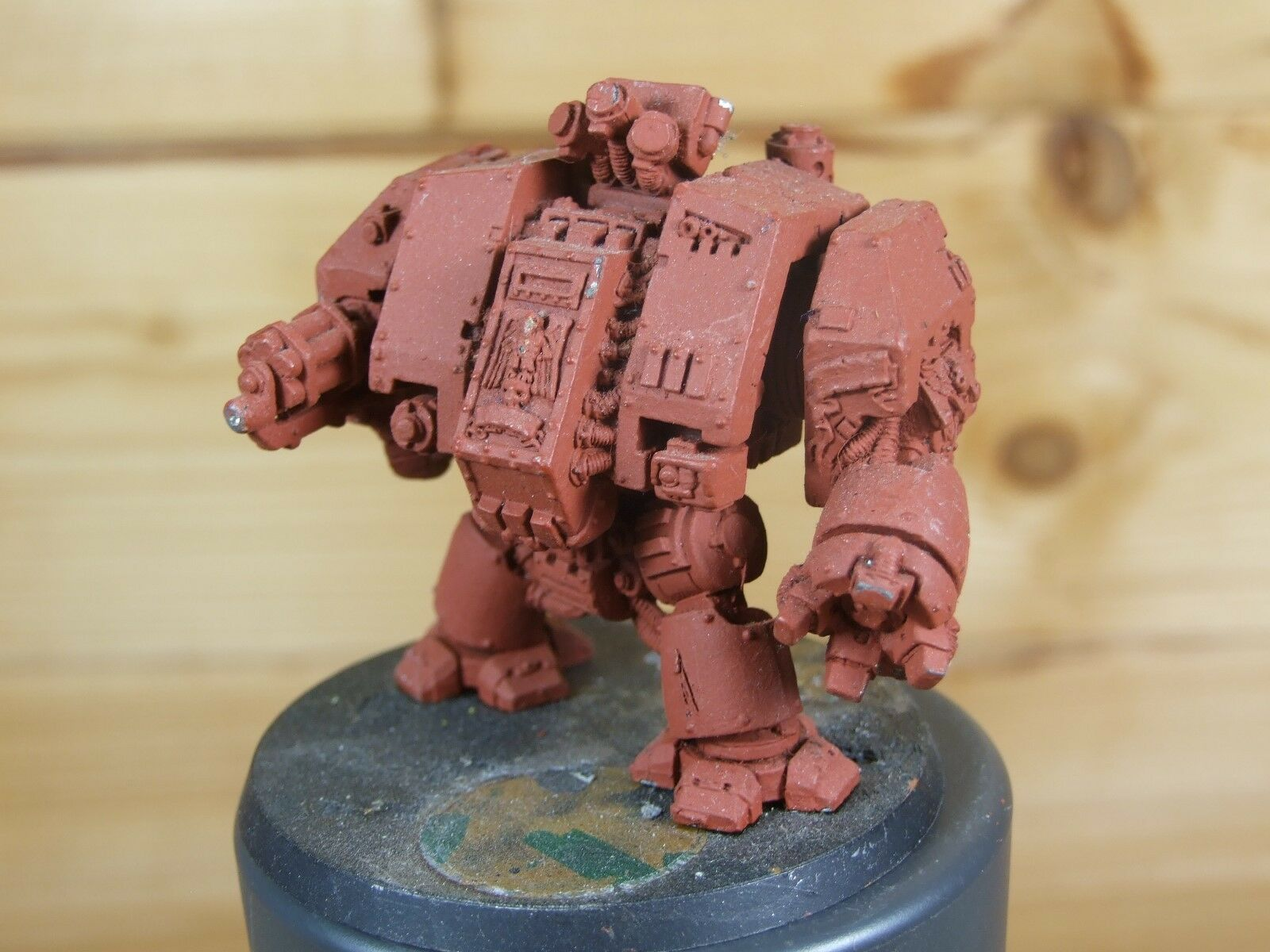 CLASSIC METAL SPACE MARINE DREADNOUGHT BASE PAINTED (L)
