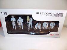 TSM GP PIT CREW FIGURINES CLASSIC STYLE F1 WHITE TSM10AC07 TRUE SCALE RACE TEAM
