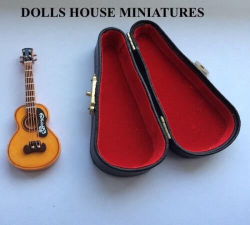 maison de poupées miniature échelle 1.12 Instrument Échelle 1//12 GUITARE ESPAGNOLE /& Case