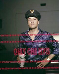 ELVIS-PRESLEY-in-MEMPHIS-1963-16x20-Photo-in-YACHT-Hat-drinking-a-milkshake