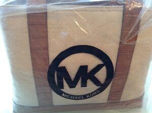 Michael-Kors-Damentasche-in-beige
