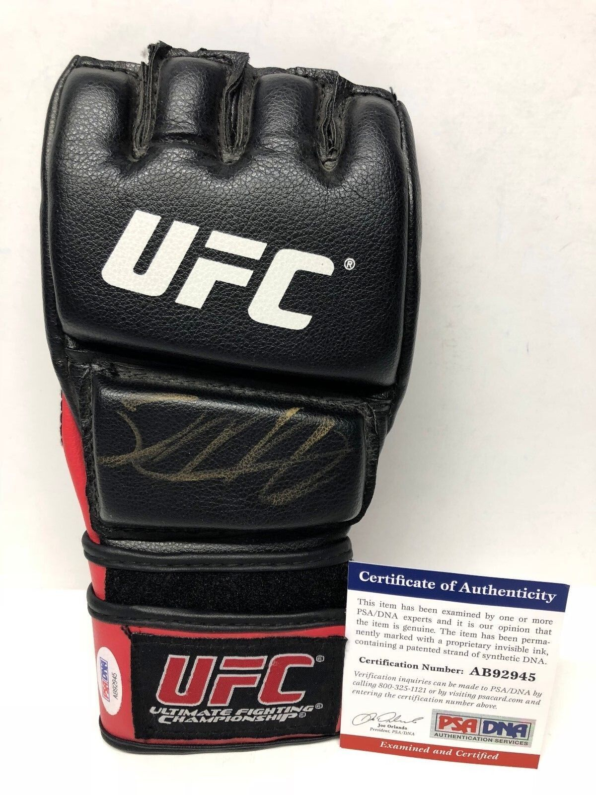 Jack May Signed UFC/MMA Ultimate Fighting Championship Glove PSA AB92945