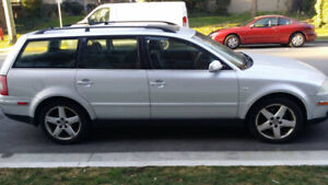 2002 Volkswagen Passat 4dr silver,1.8 Liters, hatch, moving sale