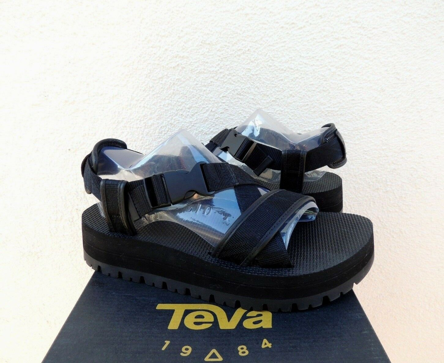TEVA BLACK INDIO WHIP STRAPPY PLATFORM SANDALS, US 7 7 7  EUR 38  RETAIL   175 NIB f08bb8