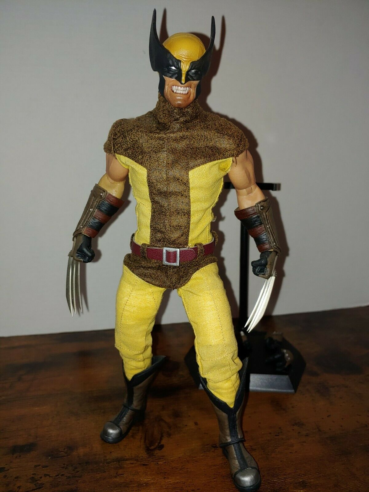 1/6 custom Wolverine Crazy Toys suit Ganghood body not Sideshow on eBay thumbnail