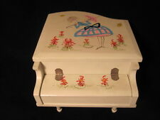 Vintage Japan White Wooden Piano Jewelry / Music Box Rock-A-Bye-Baby