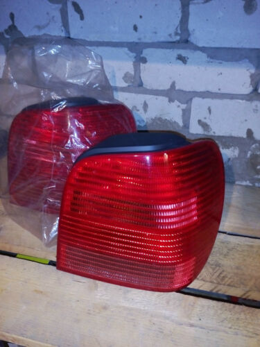 1 of 1 - New Right Rear Tail Light VW Polo 6N2 HB 99-02/02 incl bulb holder 1Z5945112B
