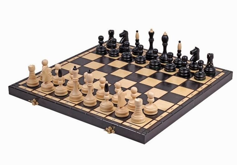 Brand New Hand Hand Hand Crafted Classic Wooden Chess Set 50cm x 50cm a378eb