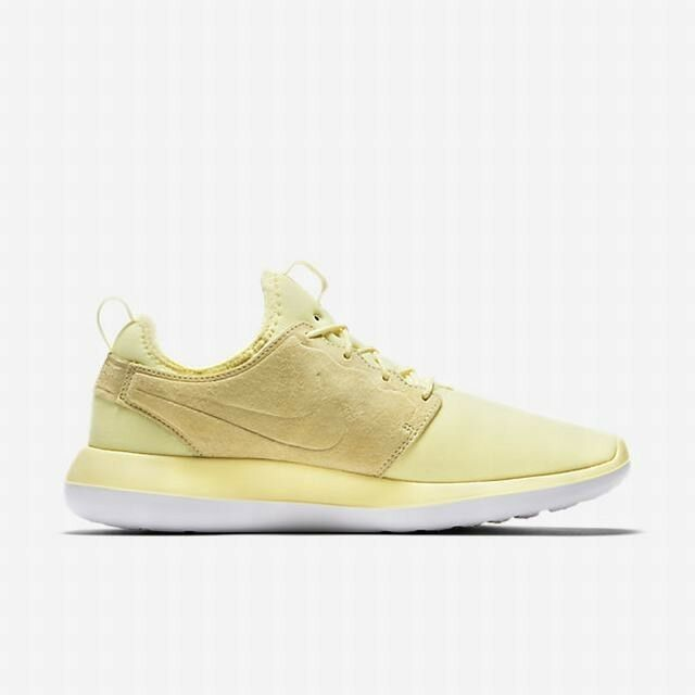 NIKE NIKE NIKE ROSHE TWO BR homme CASUAL chaussures Taille: 10 LEMON CHIFFON 898037 700 974b82