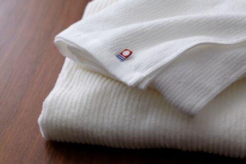 Weiß IMABARI//Japan towel 120x60cm in Holzkiste Badetuch 100/% Baumwolle