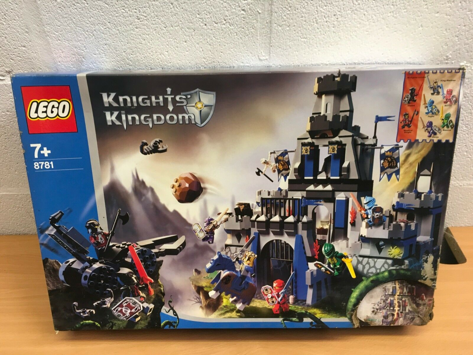 LEGO KNIGHTS' KINGDOM 8781 CASTLE OF MORCIA NEW SEALED