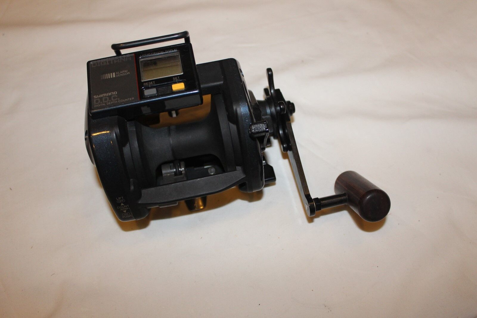 SHIMANO  DIGITANA  6000 -TITANOS GT-MADE IN  JAPAN  -Nr 569  we take customers as our god