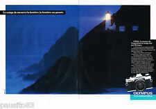 PUBLICITE ADVERTISING 055  1983  OLYMPUS   appareil photo  OM-20 ( 2 pages)