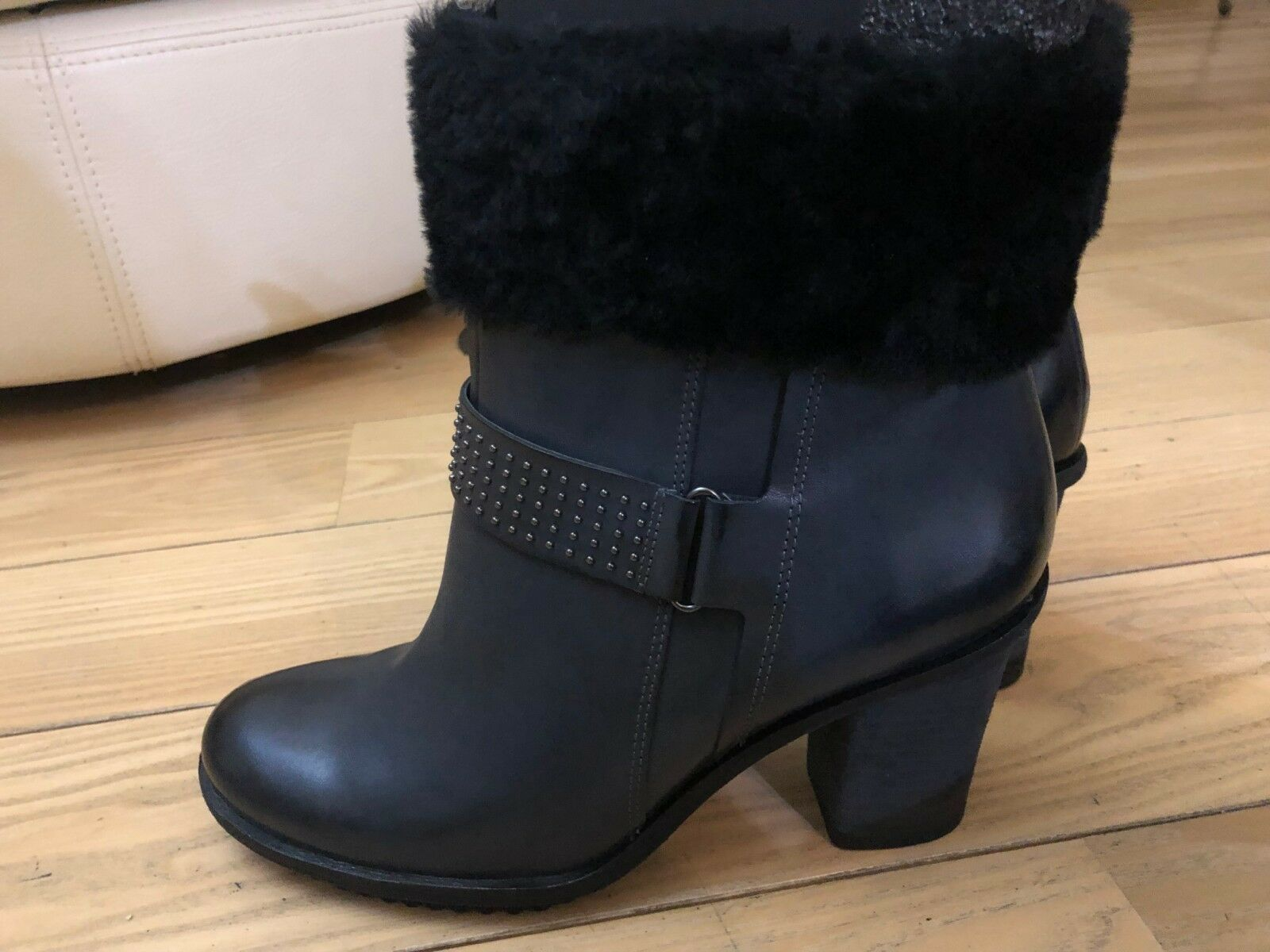ECCO new ankle boots with natural fur 41