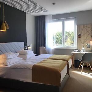 Muenchen-Haar-Reise-Wochenende-fuer-2-Personen-Design-Acomhotel-3-Tage-Gutschein