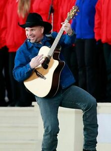 ** GARTH BROOKS ** POSTER Mulitple Sizes Available A