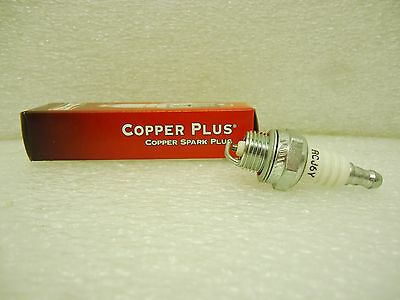Genuine Champion RCJ6Y Spark Plug Copper Plus 852 New in Original Box