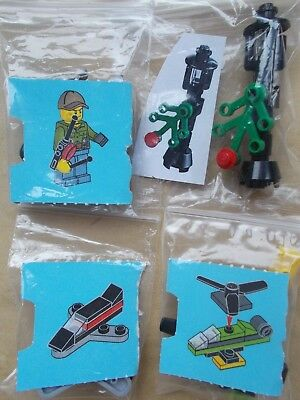 LEGO CITY SCENE MAN WITH REMOTE CONTROL HELICOPTER /& PLANE STREET LIGHTS