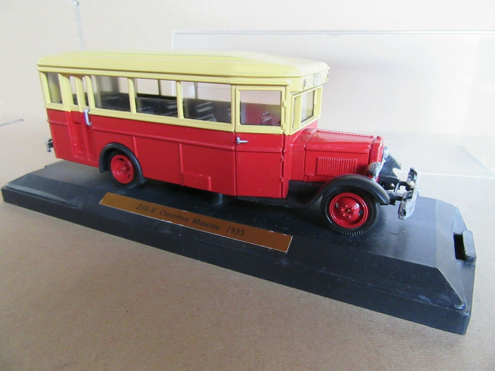 601J Mini Classic Soviet Zis 8 Bus Moscú 1935 1 43