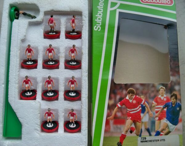 100% Waar Subbuteo Team Manchester Utd Lw Ref N.729 Players & Ref Box In Great Conditions Goed Voor Antipyretische En Keel Fopspeen