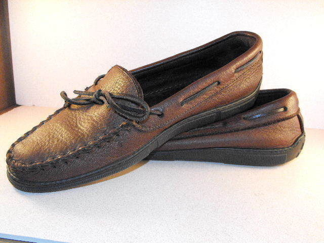 Scarpe casual da uomo Supple MINNETONKA Brown Calfskin Mocassins w/Full Rubber Soles/Heels 9.5D