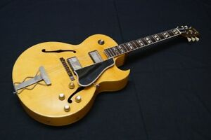 Gibson-Natural-1961-ES-175-with-PAF-s