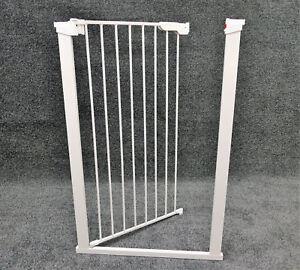 Treppenschutzgitter-BabyDan-extra-hohes-Tuergitter-1-05m-Hoehe-weiss