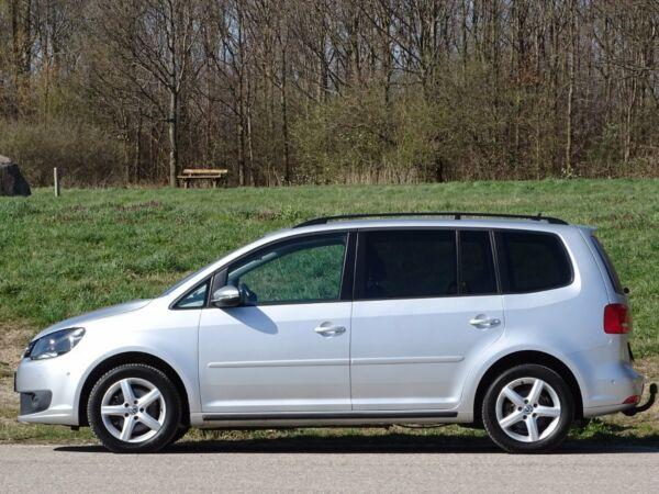 VW Touran 2,0 TDi 140 Comfortline DSG BMT 7p - billede 2