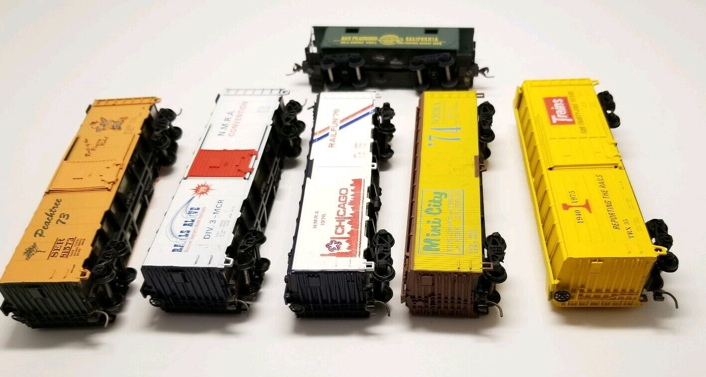 HO Box Cars Set Of 5