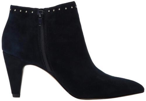 Bella Vita Women/'s Delfina Ankle Bootie