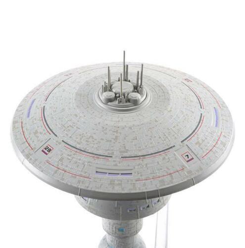 Spacedock Metal Modell Raumschiff Star Trek mit englisch Magazin