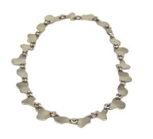 Ungewoehnliches-Collier-aus-925er-Silber
