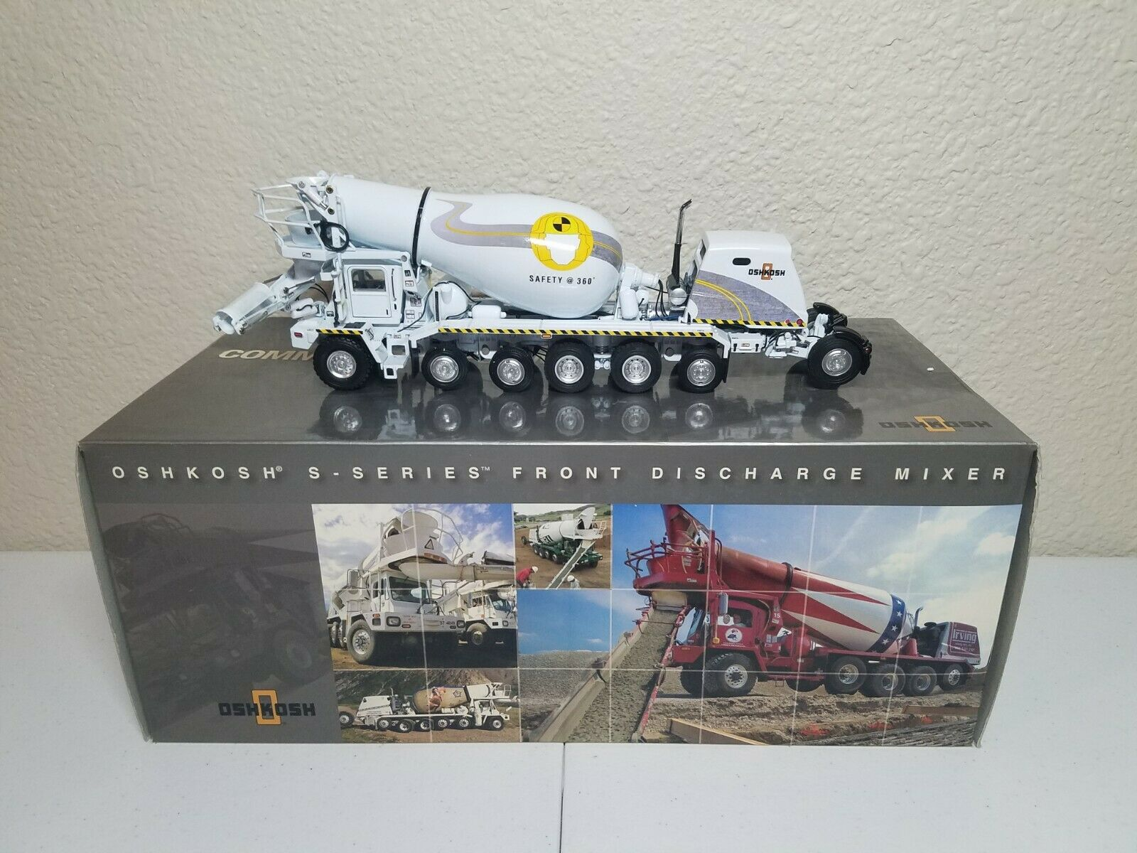 Oshkosh S-Series Cement Mixer Truck Safety 360° TWH 1 50 Model  075 01065 New