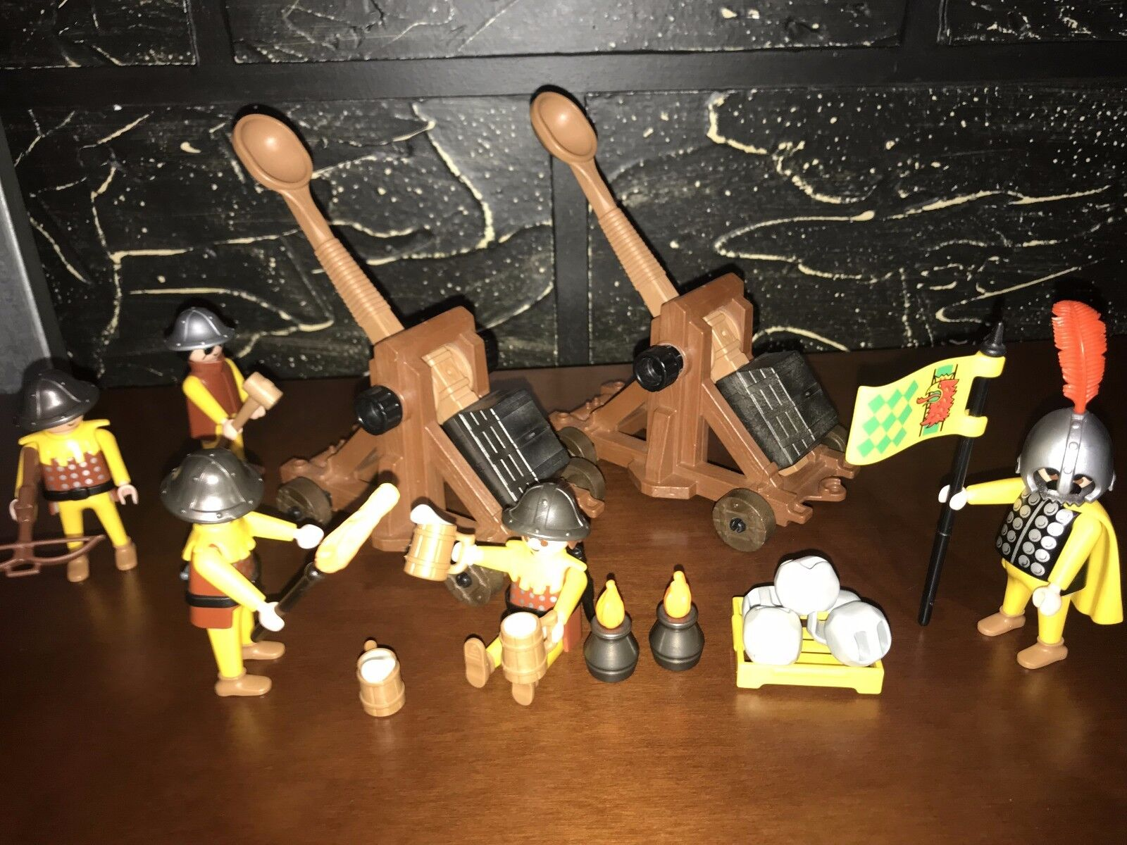 Playmobil 3653 Extended Set -Medieval Catapults Artillery -Extra Catapult & Figs