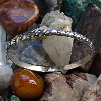 Reduced...Vintage Taxco Silver Wave Design Bangle Bracelet...Mexico...Weighs 13.25 Grams...Etched Silver Border