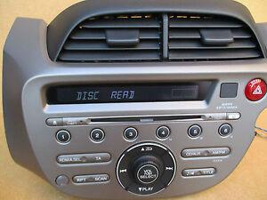 Honda Jazz Radio Wma Stereo Cd Mp3 Player Aux In Code 39100 Tf3