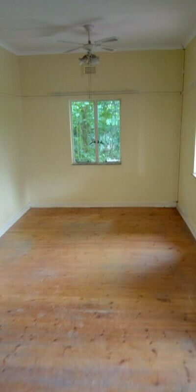 Room to rent is a Shared House