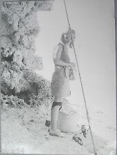 Erotisches Foto einer jungen Frau beim angeln Meisterfotografie das Missgeschick