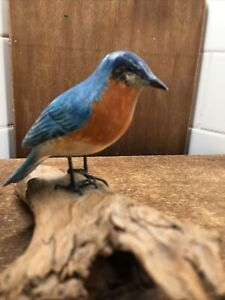 Vtg-Harry-Meyer-Folk-Art-Style-Painted-Bird-on-Wood-Branch-Bluebird