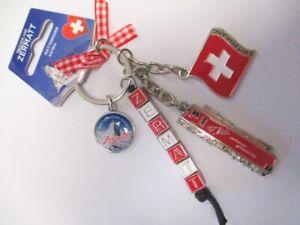 Zermatt-Charms-Schluesselanhaenger-Souvenir-Schweiz-Matterhorn