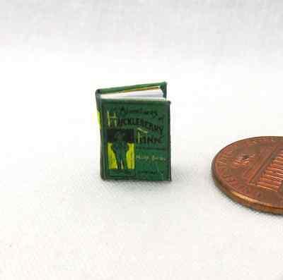1:6 SCALE MINIATURE BOOK HUCKLEBERRY FINN ILLUSTRATED MARK TWAIN PLAYSCALE