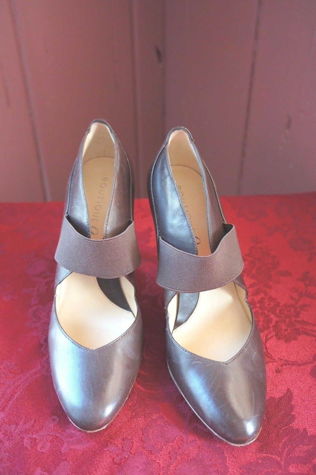 WOMEN'S BOUTIQUE 9  BTHAYES  HIGH HEEL SHOES SIZE  7.5 M
