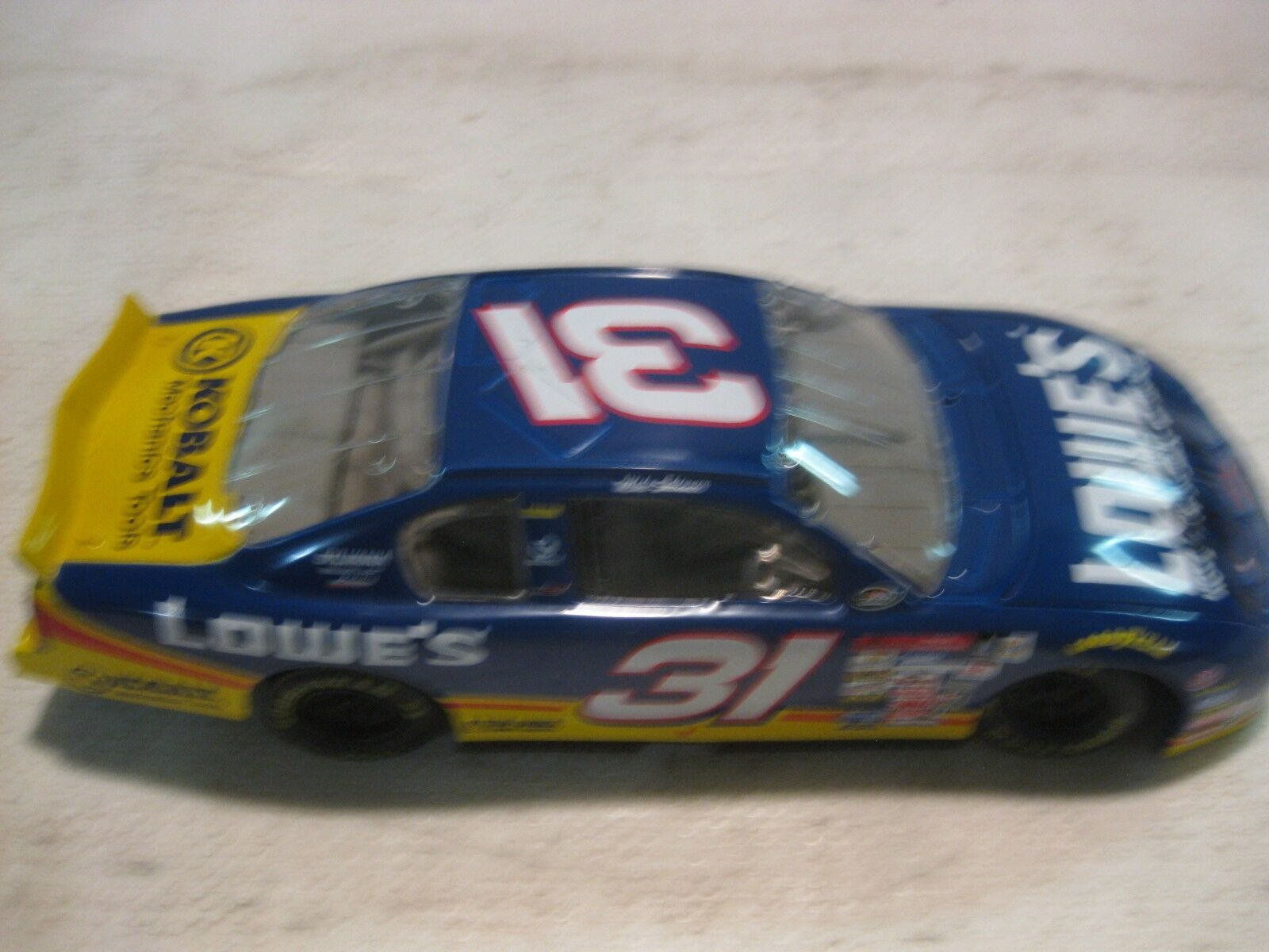Nascar Mike Skinner Lowe's Monte Carlo 124 Scale Diecast Action 2000   dc646