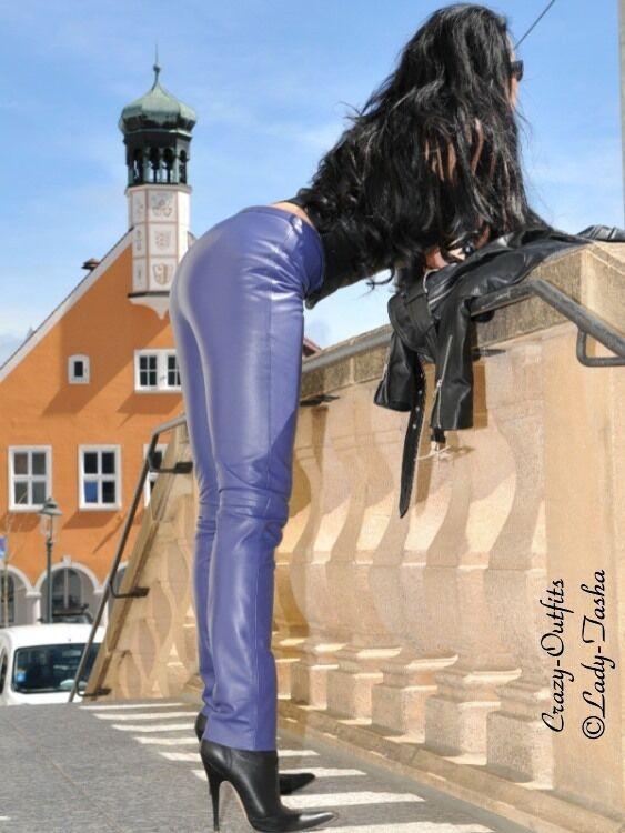 Lederhose Leder Hose Knalleng purple Maßanfertigung