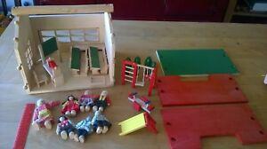 Bois Carryable School Room Set Avec Beaucoup De Morceaux-afficher Le Titre D'origine Pratique Pour Cuire