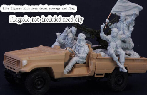 1//35 Resin Middle Eastern Technical Crew 5 W//Stowage Unpainted Unbuild QJ158