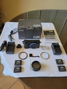 Ricoh GR III Digital Compact Camera, 24mp, 28mm f 2.8 lens with Touch Black