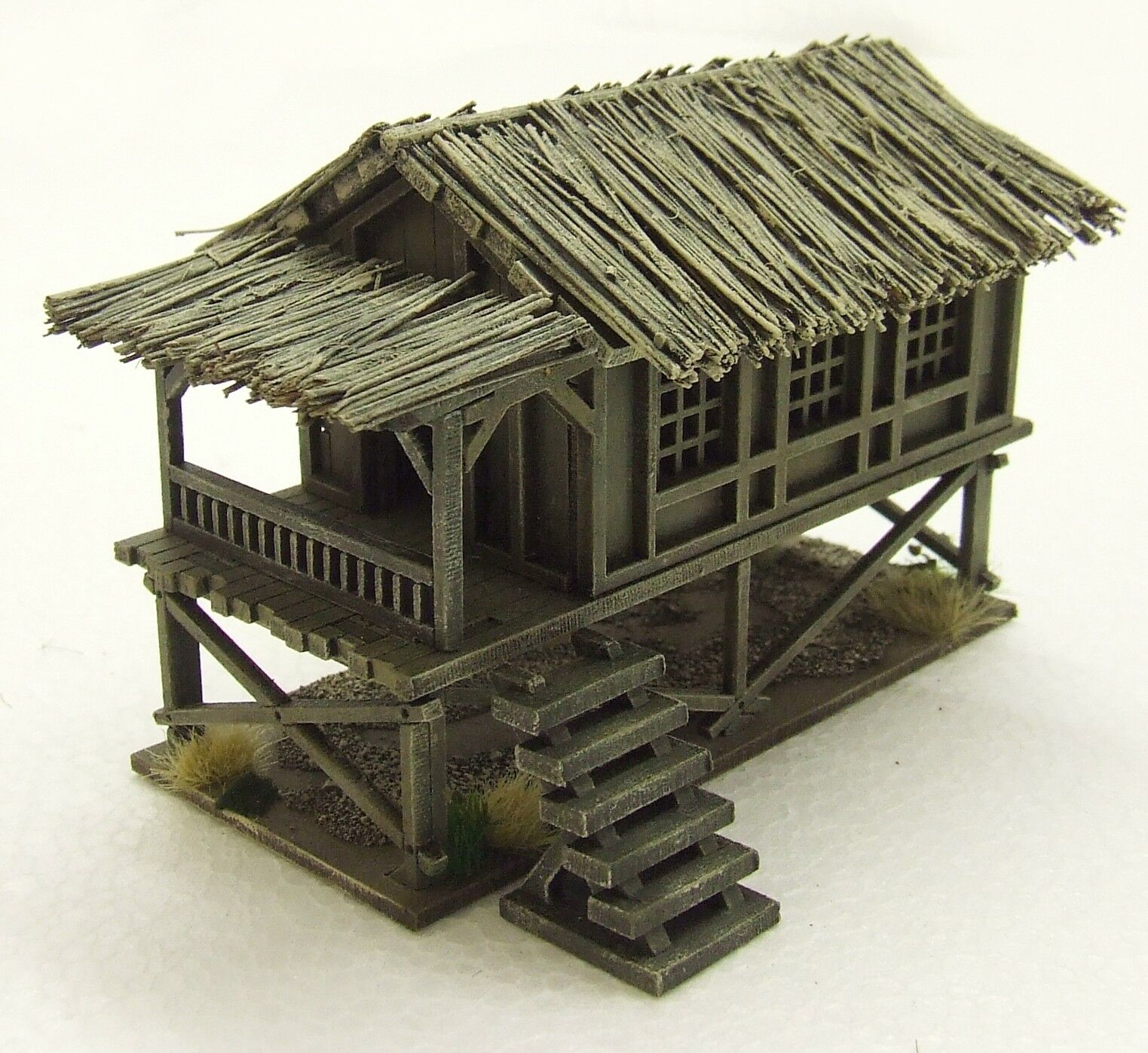 VIETNAM 'SMALL VILLAGE HOUSE'  15mm  ASSEMBLED & PAINTED TO COLLECTOR'S STANDARD