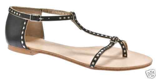 70 DOLLHOUSE Camry Sandals  Black with gold Accents  Size 8  NEW
